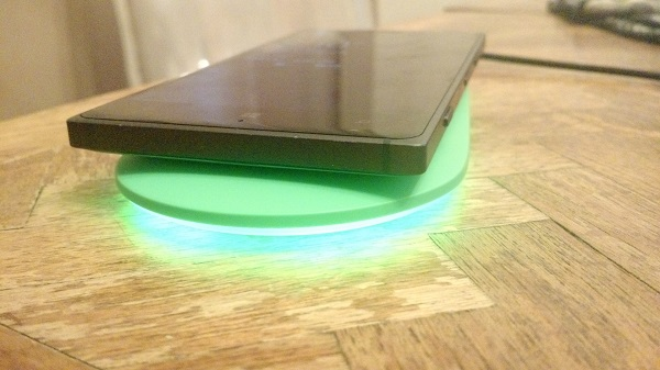 Nokia Wireless Charging Plate DT-903 Review (2)