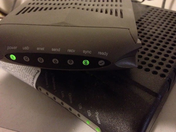 Blinking Sync light indicates the modem cannot connect to the Internet