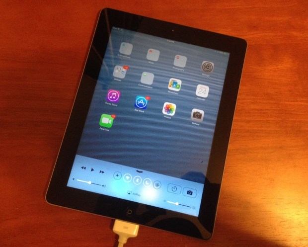 Most users can install iOS 8.0.2 on the iPad 3 without any worries.