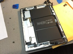 iPad Screen Repair - Apple Outlet Review - 11