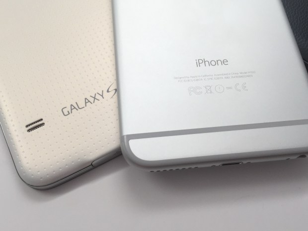 Take an early look at the iPhone 6 Plus and the Galaxy S6.