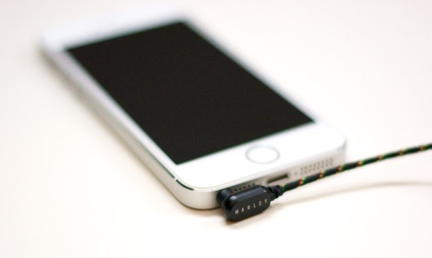 iPhone problems struggles - headphone jack