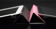 iPad 2 Review Black iPad 2 and White iPad 2