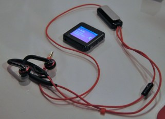 motoactv with wired headset