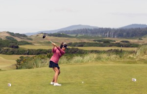 Robynn Ree on the third hole of Pacific Dunes at the 2015 U.S. Women's Amateur Four-Ball at Bandon Dunes Golf Resort. (Copyright USGA/Steven Gibbons)