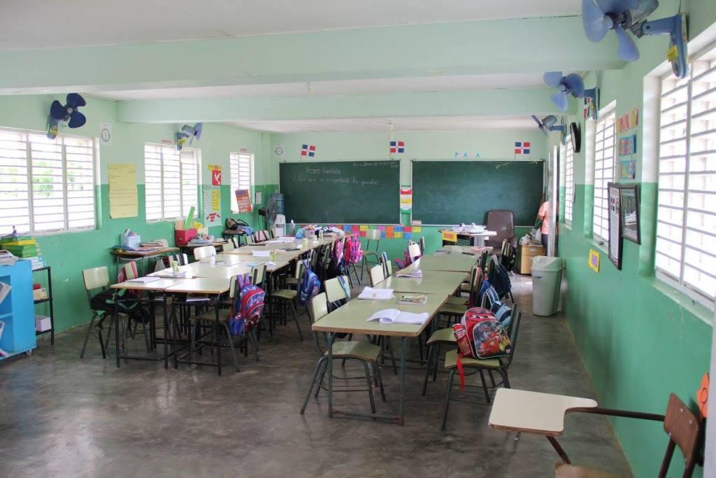 dominican-republic-classroom
