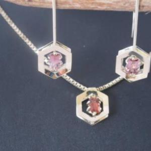 Prachtig sieraden set met toermalijn edelstenen
