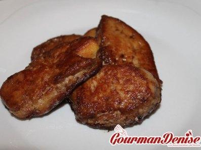 Foie gras poêlé au cassis