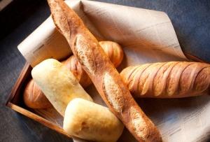 s_食べ放題のパン