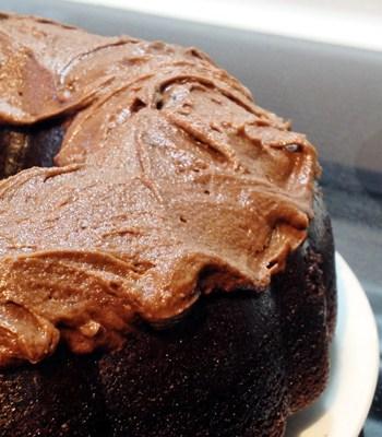 Fudge Chocolate Cake