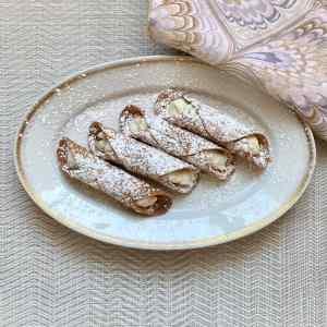 Da Luciano's Gluten Free Cannoli