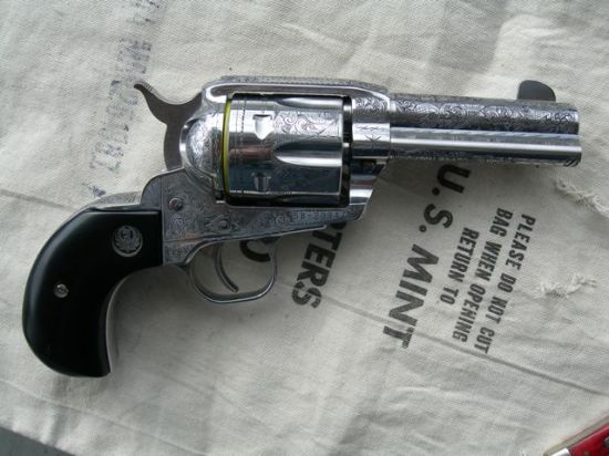 Ruger Vaquero, Stainless with Bird's Head Grip