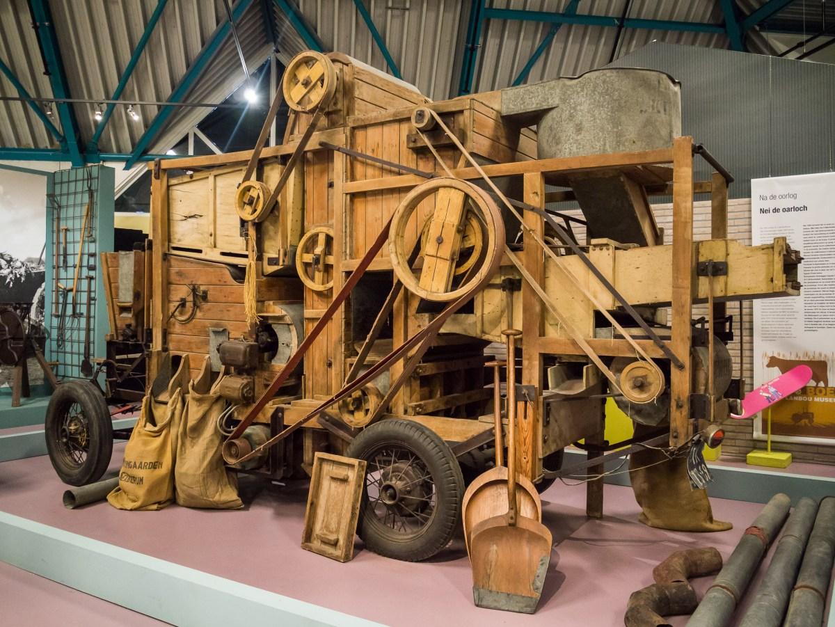 Eerste steen bij nieuwFries Landbouwmuseum gelegd