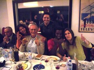 Le fondateur de l'ONG casa do menor Père Renato et son équipe monaco