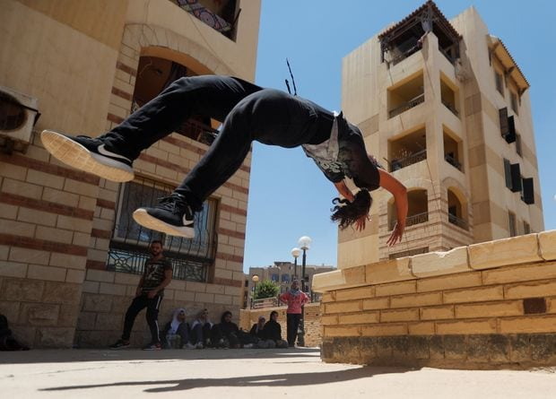Egyptian women challenging social norms by practicing Parkour
