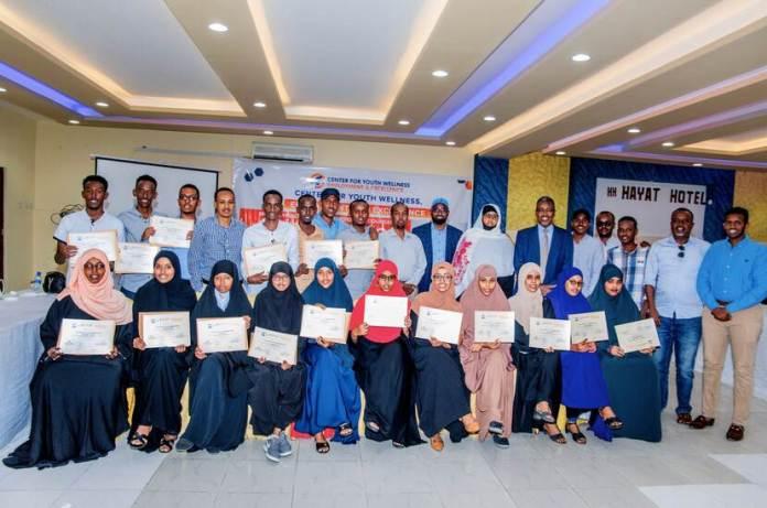 Diploma-uitreiking_Iftiin Foundation
