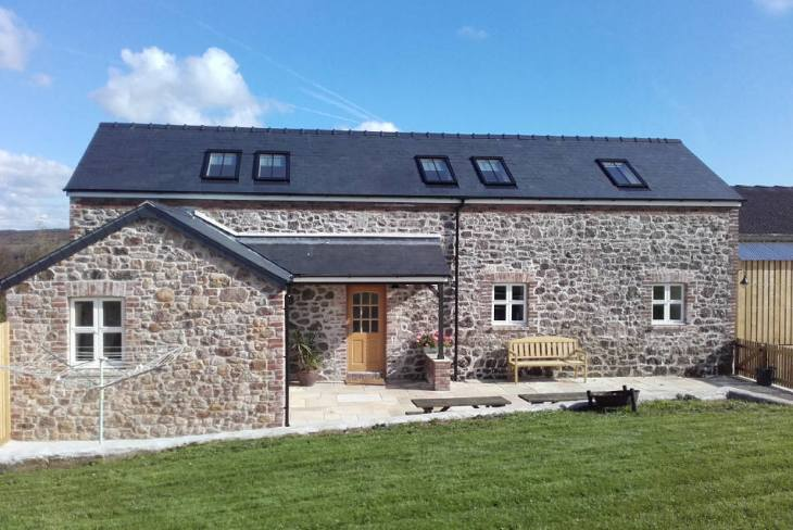The Chaffhouse is a self-catering property at Llangennith, Gower