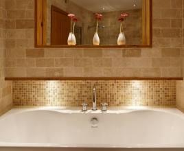 The main bathroom at Oriel Gwyr, Rhossili, Gower Peninsula
