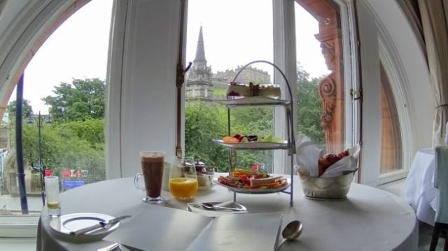Waldorf Edinburgh breakfast