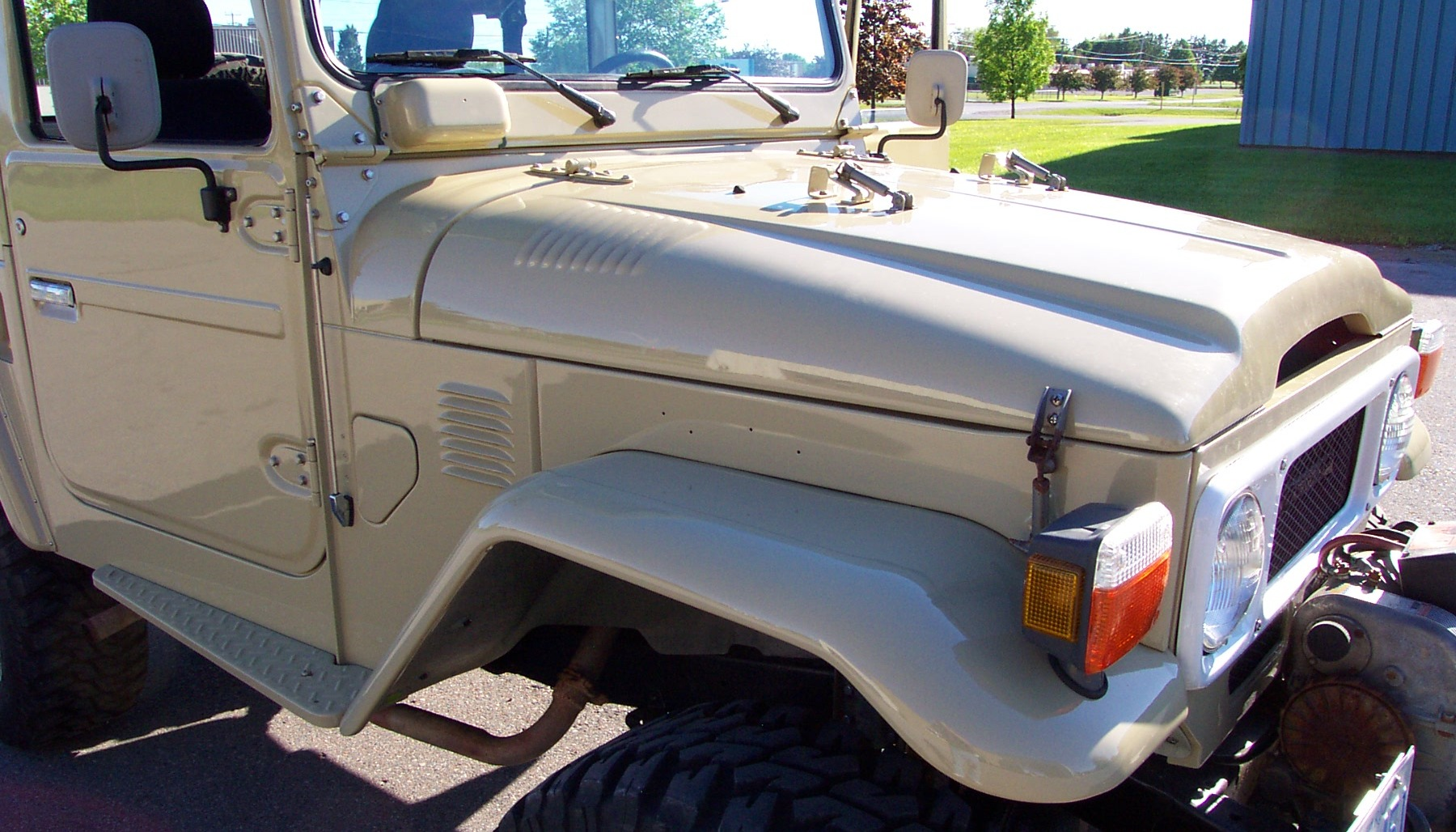 40 Series Front Details