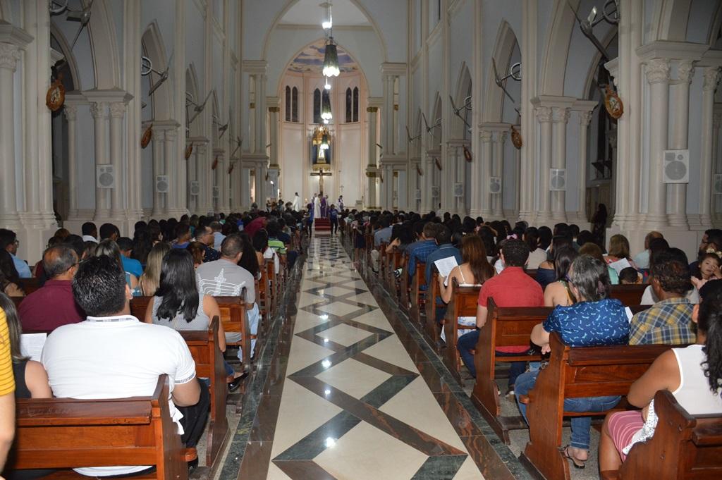 Celebrações passarão a contar com a presença dos fiéis