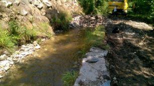 Canal d'amenée dérivant les eaux du Saurat