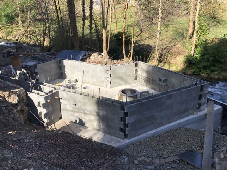 Construction du local turbine