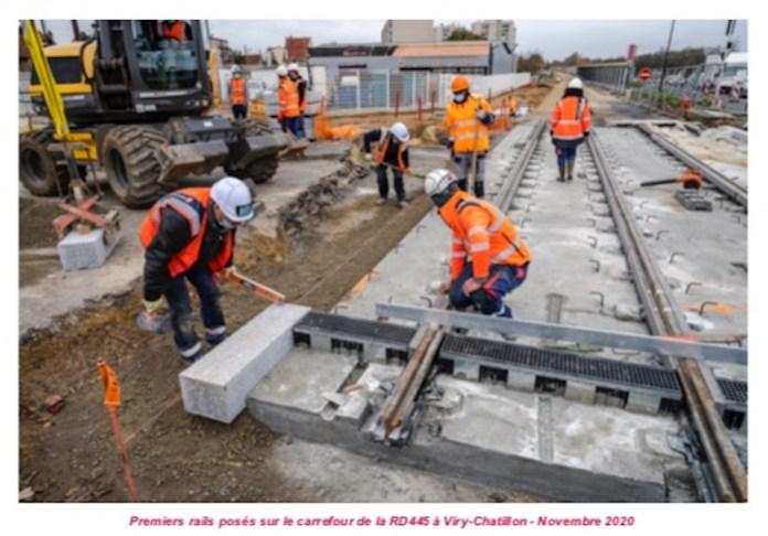 Pose des rails tramway T12 à Viry Chatillon