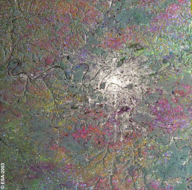 Image composite de l'Ile de France provenant d'un instrument du satellite Envisat en 2003