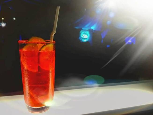 Cocktails (Alcoholic) - Strawberry Daiquiri