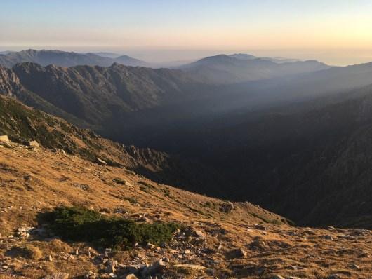 Lever du jour en montagne - GR20