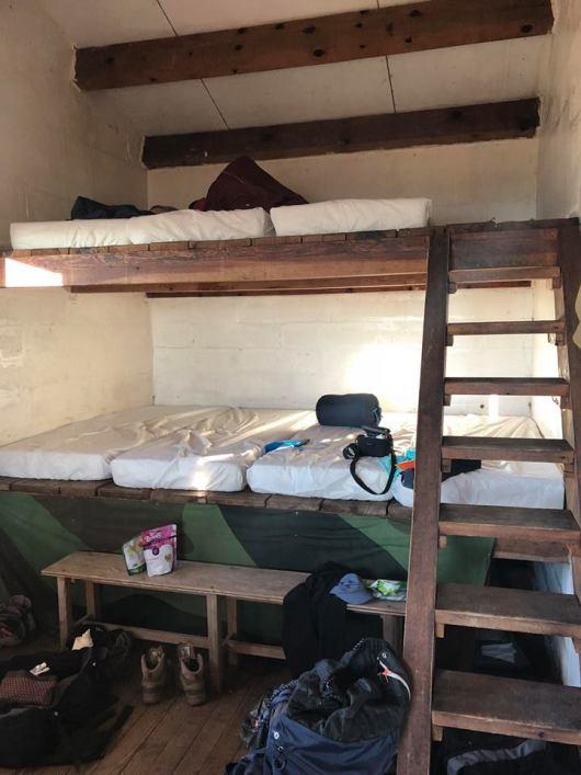 jour-11-dortoir-refuge-gr20