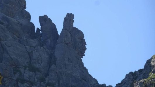 indian-rock-in-corsica