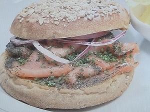 日曜日の初耳学:オートミールサンドイッチのレシピ!YouTuber竹脇まりな