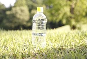 ZIP 防災グッズ:ミズキュープラスのお取り寄せ!小型の浄水器