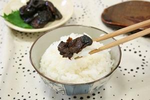 【男子ごはん】進化した食べるラー油!柿の種のオイル漬け、食べる鰻のラー油、牛タンなかむラー油