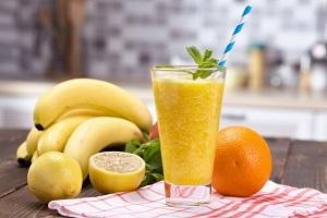 バナナや果物ジュース