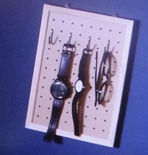 【スッキリ】有孔ボードの活用術・DIY!収納インテリアボードの作り方