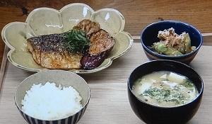 あの人が「いいね」した一般人:渋野日向子選手の土浦「鈴や食堂」の場所は?