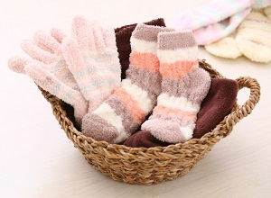 靴下、手袋、冬