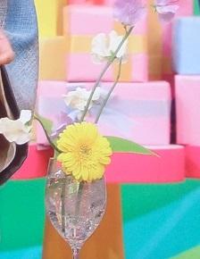 ヒルナンデス:簡単生け花を華道家が伝授!ペットボトルとグラスでできる
