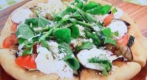 サタデープラス:フライパンで作る夏野菜ピザのレシピ!大久保佳代子が挑戦