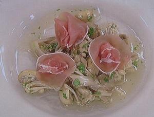 上沼恵美子のクッキング:きのこのギリシャ風マリネのレシピ!きのこ料理