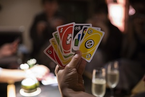 ZIP:最新カードゲーム3選!ヨギ(ヨガ)、ひらがなポーカー、ジャストワン