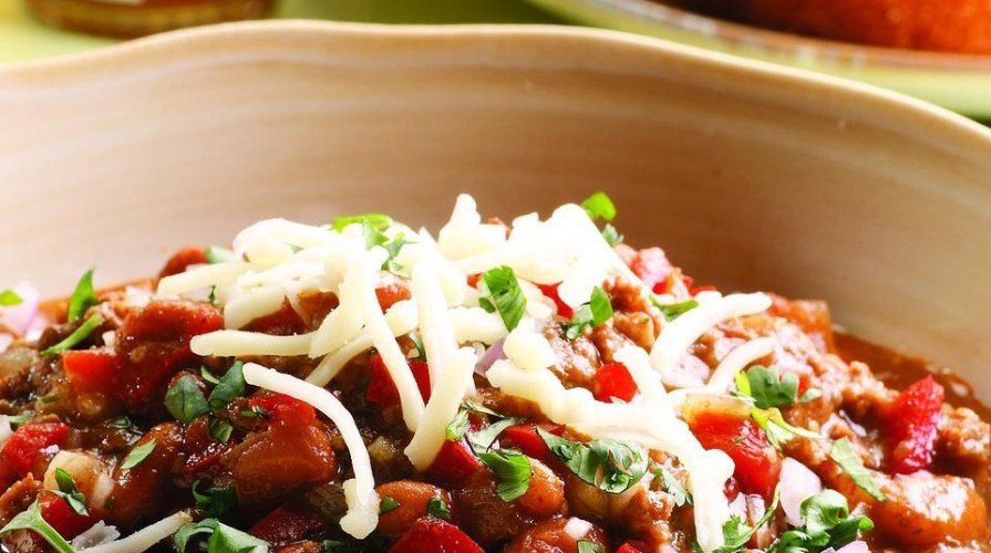 Beef and Bean Chili Verde - hearty meal full of protein and fiber, adapted. Amy Connell | GracedHealth.com