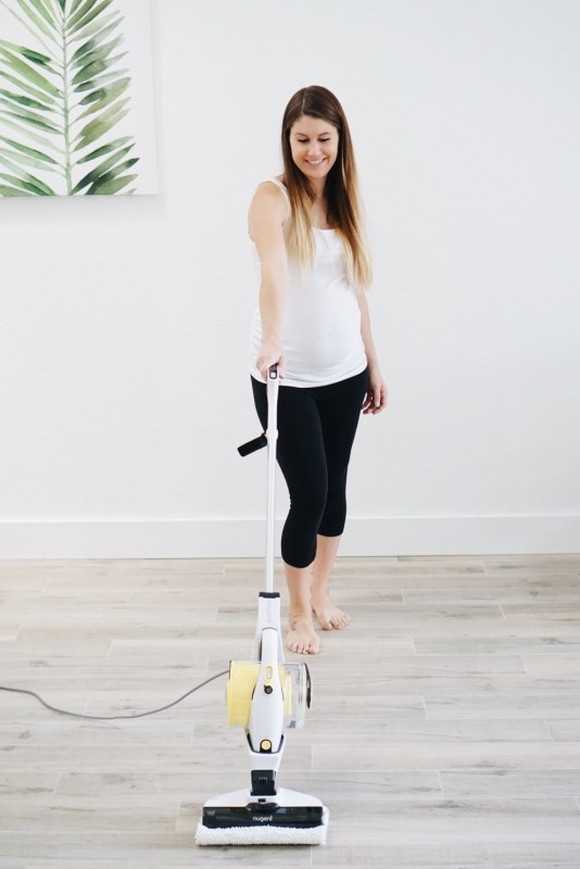 How I keep my house so clean || Nugeni vacuum steamer review!