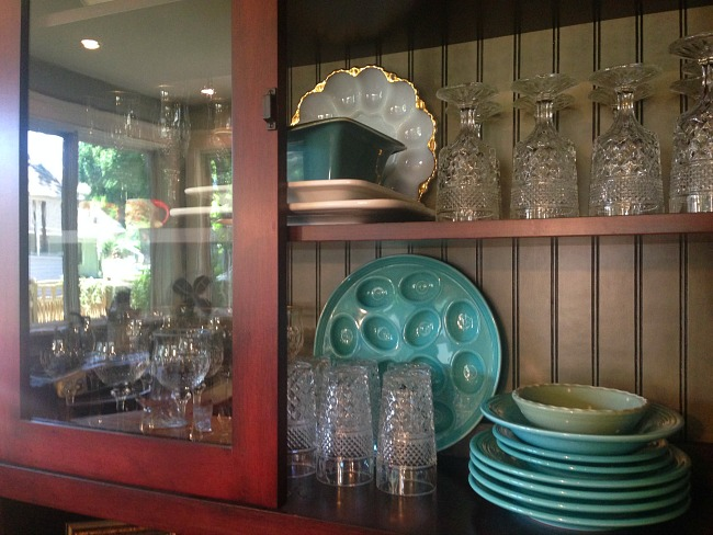 Glassfront cabinets to show off dishes