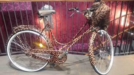 leopard-skin-bike-in-dolce-gabbana-amsterdam-store