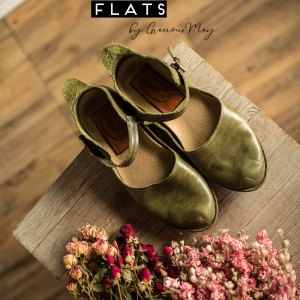 Highland Green Leather Flats for Women