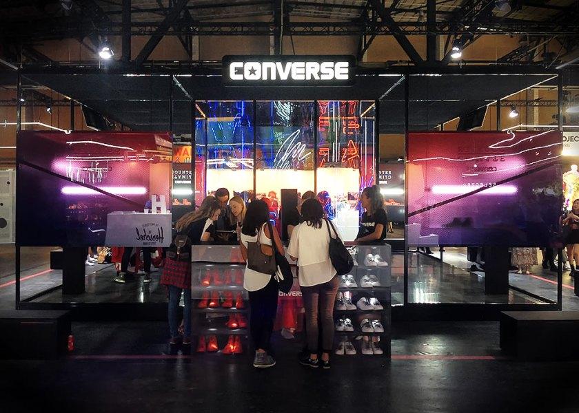 web-converse-booth